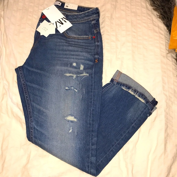 BNWT ZARA relaxed fit Jeans~